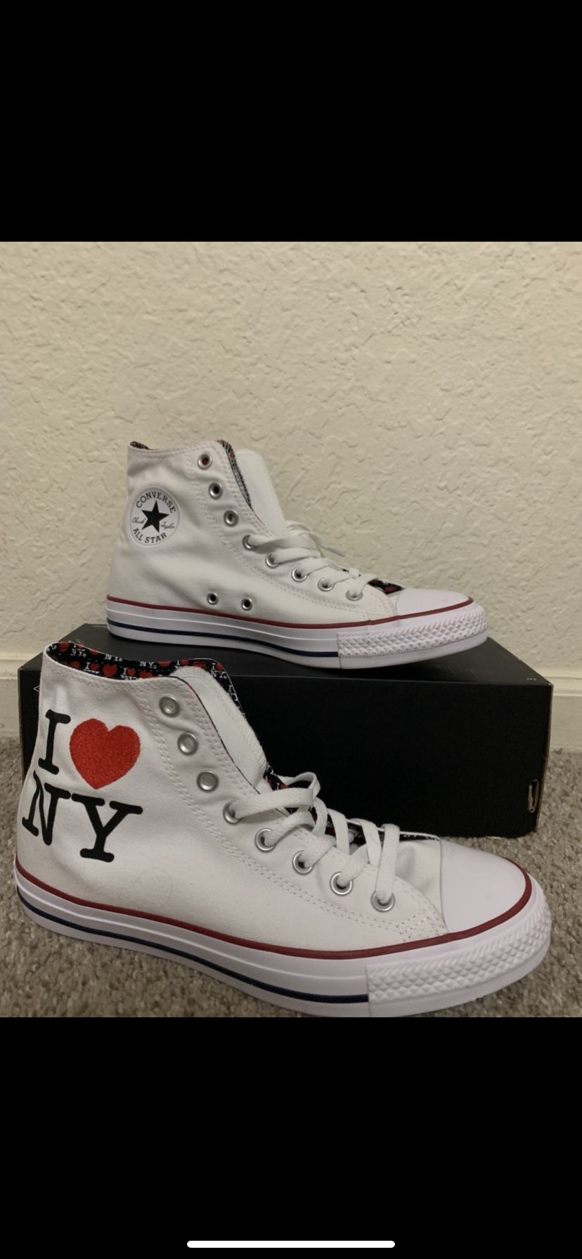 Brand New Converse Size 8.5 Men And 10.5 Women