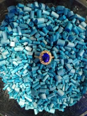 Gorgeous Tanzanite Ring!! 14 KT AAA Grade for Sale in Sanford, FL