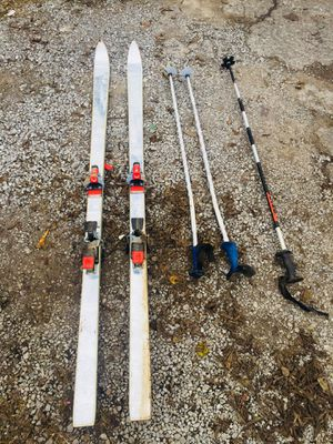 Who like to 🎿 ski??? for Sale in Lebanon, TN