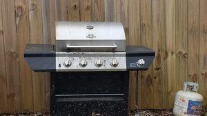 4 Burner Propane Grill w/ Side Burner for Sale in Fort Washington, MD