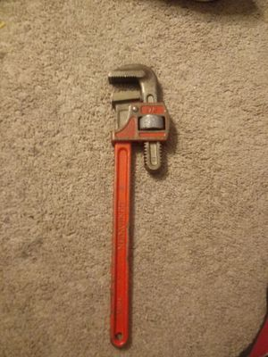18-Inch Heavy Duty Pipe Wrench for Sale in Kissimmee, FL