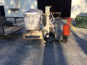 Battery powered transmission lift forklift for Sale in Tampa, FL