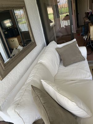 Groovy New And Used Couch Pillows For Sale In Miramar Fl Offerup Evergreenethics Interior Chair Design Evergreenethicsorg
