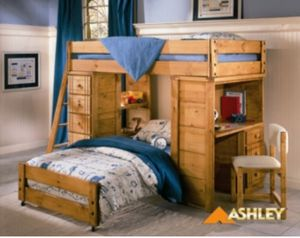 Ashley Stewart Bunk Bed for Sale in Berwyn, IL