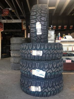 Photo 285/70/17 LT new mud tires for $800 with balance and installation We also finance {contact info removed} Dorian 7637 airline dr houston TX 77037