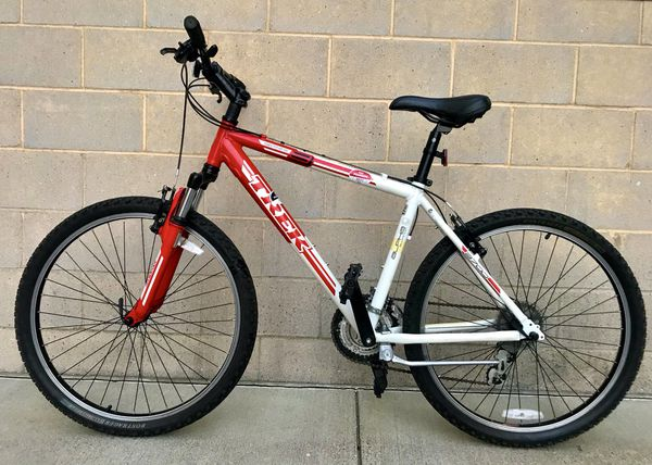 ef14960802e Trek 3700 alpha aluminum frame 18 inch frame great condition for Sale in  Minneapolis, MN - OfferUp