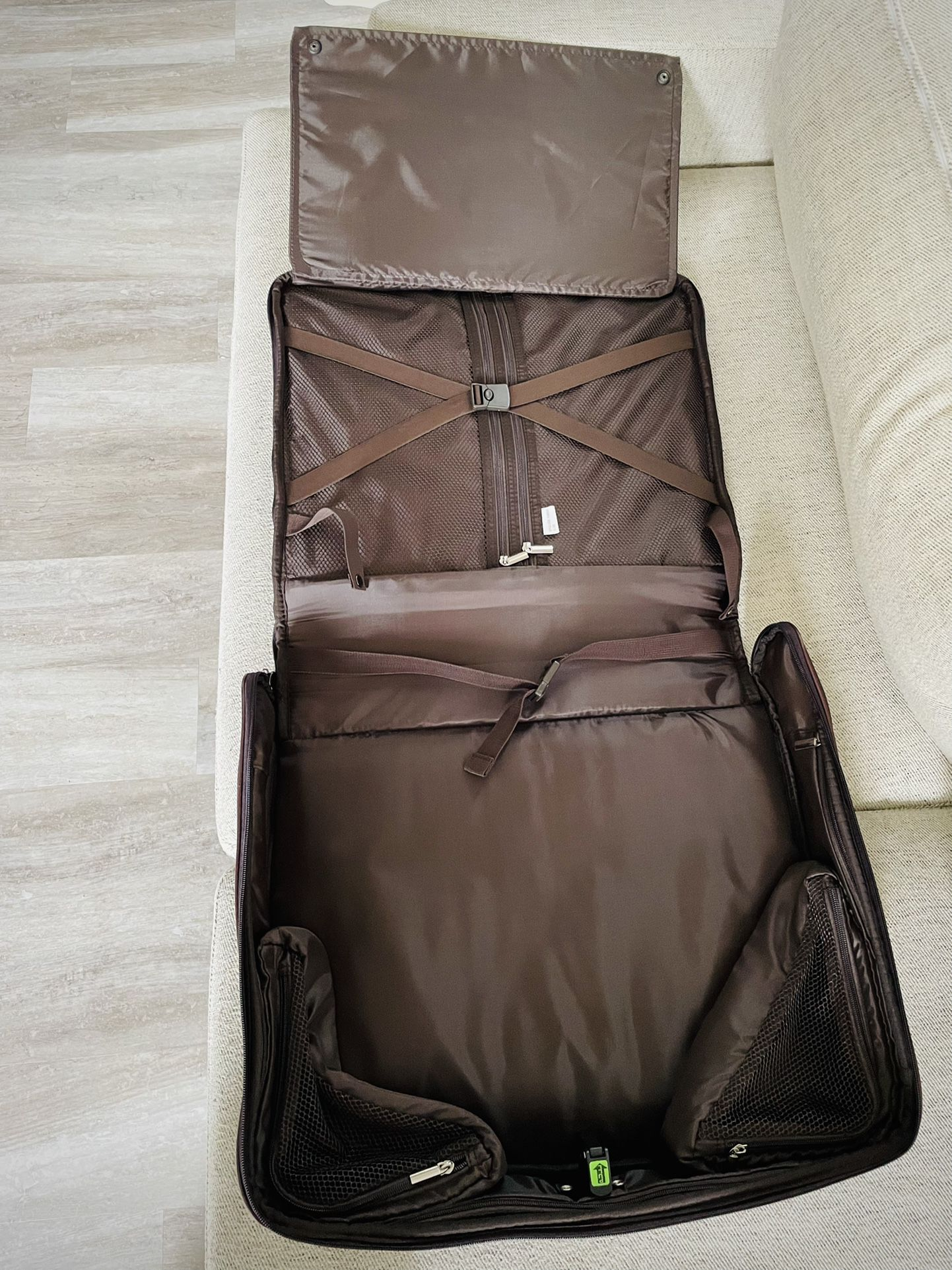 Suit Carrying Travel Luggage