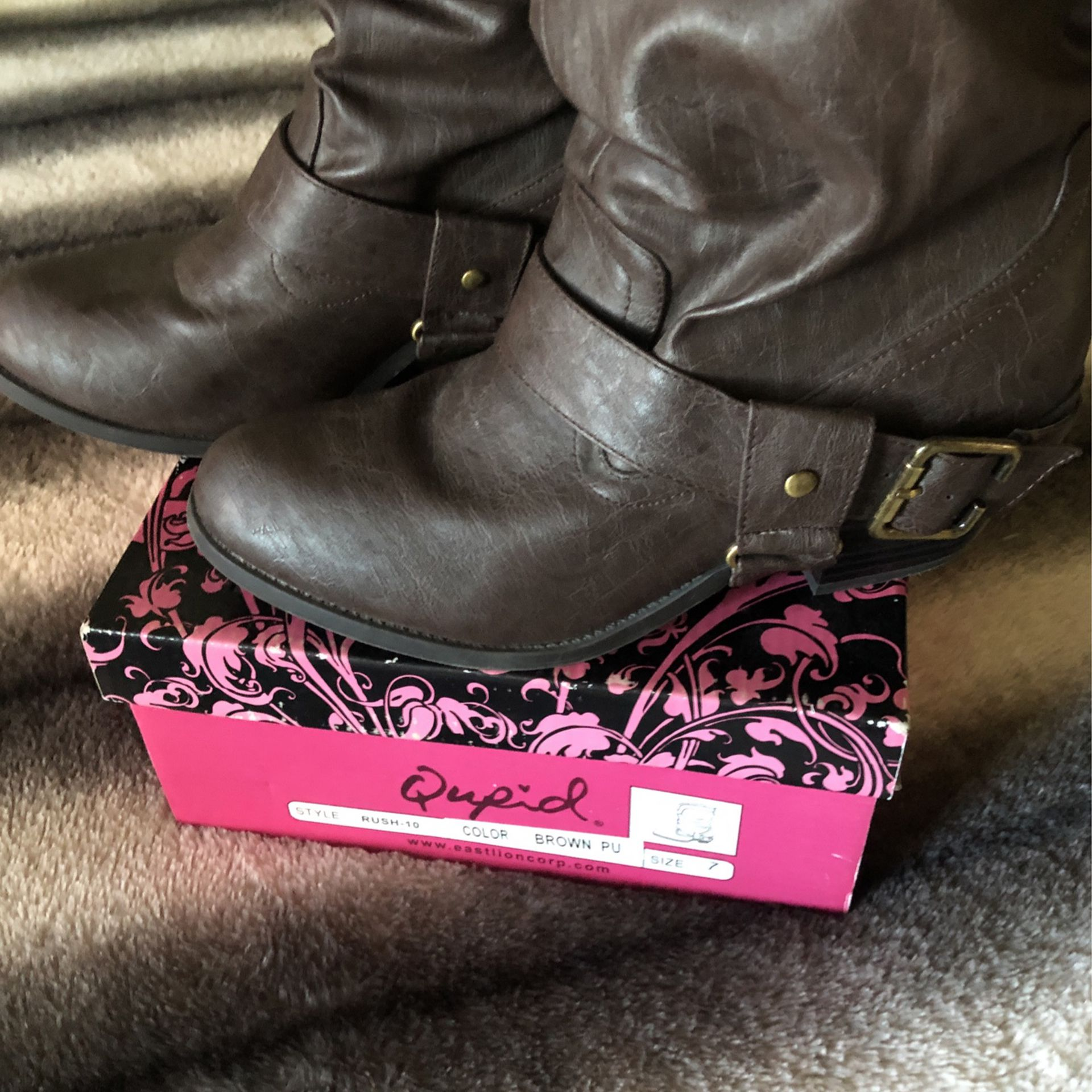 New Qupid/ Rush-10 .. Brown Cowgirl Boots Size 7