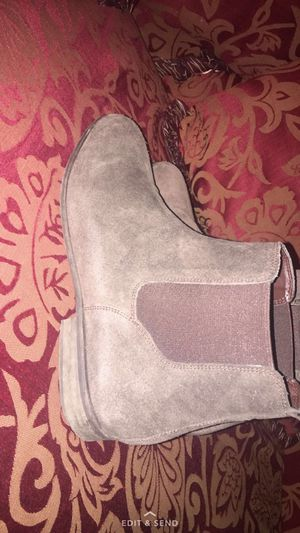Men Chelsea boots size 11 for Sale in Silver Spring, MD