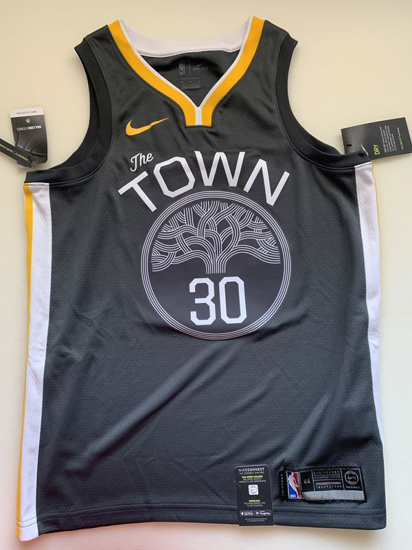 430c3266471 GSW The Town Curry Jersey sz M for Sale in Daly City