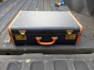 Old suitcase for Sale in Inwood, WV