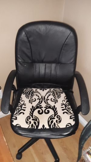 Marvelous New And Used Chair Covers For Sale In North Las Vegas Nv Machost Co Dining Chair Design Ideas Machostcouk