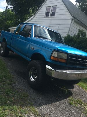 1995 Ford F-150 4x4 5 speed for Sale in Prospect, VA