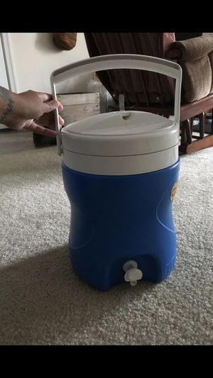 Igloo water container cooler for Sale in Stafford, VA