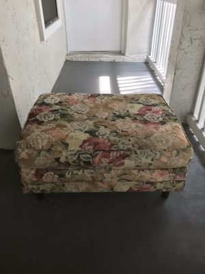 Ottoman for Sale in North Lauderdale, FL