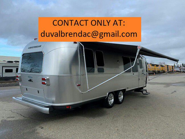 Photo kfydf2015 Airstream Flying Cloud 28 Camping Trailer RV