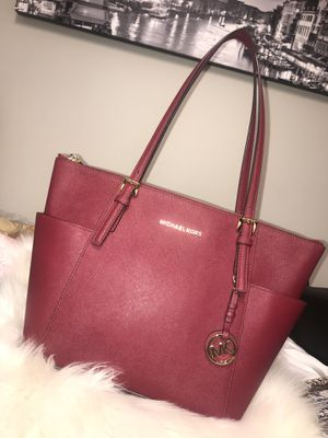 c20674bd4a38 New and Used Bag for Sale in Spartanburg, SC - OfferUp