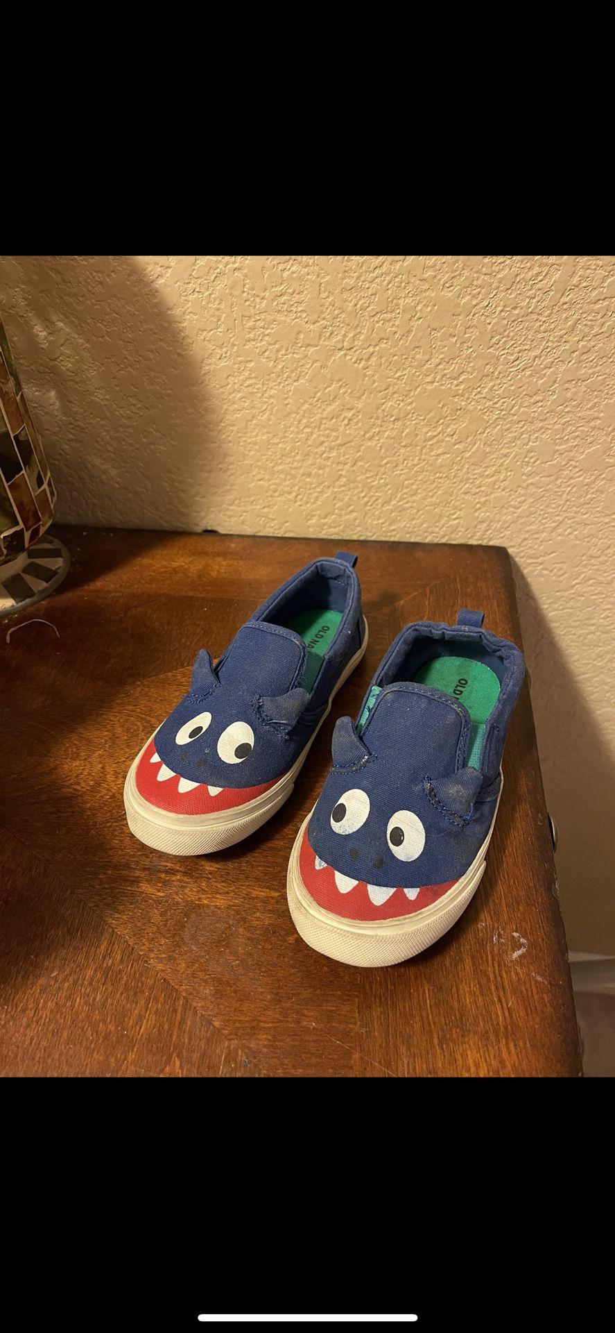 Boys Shoes Size 10c