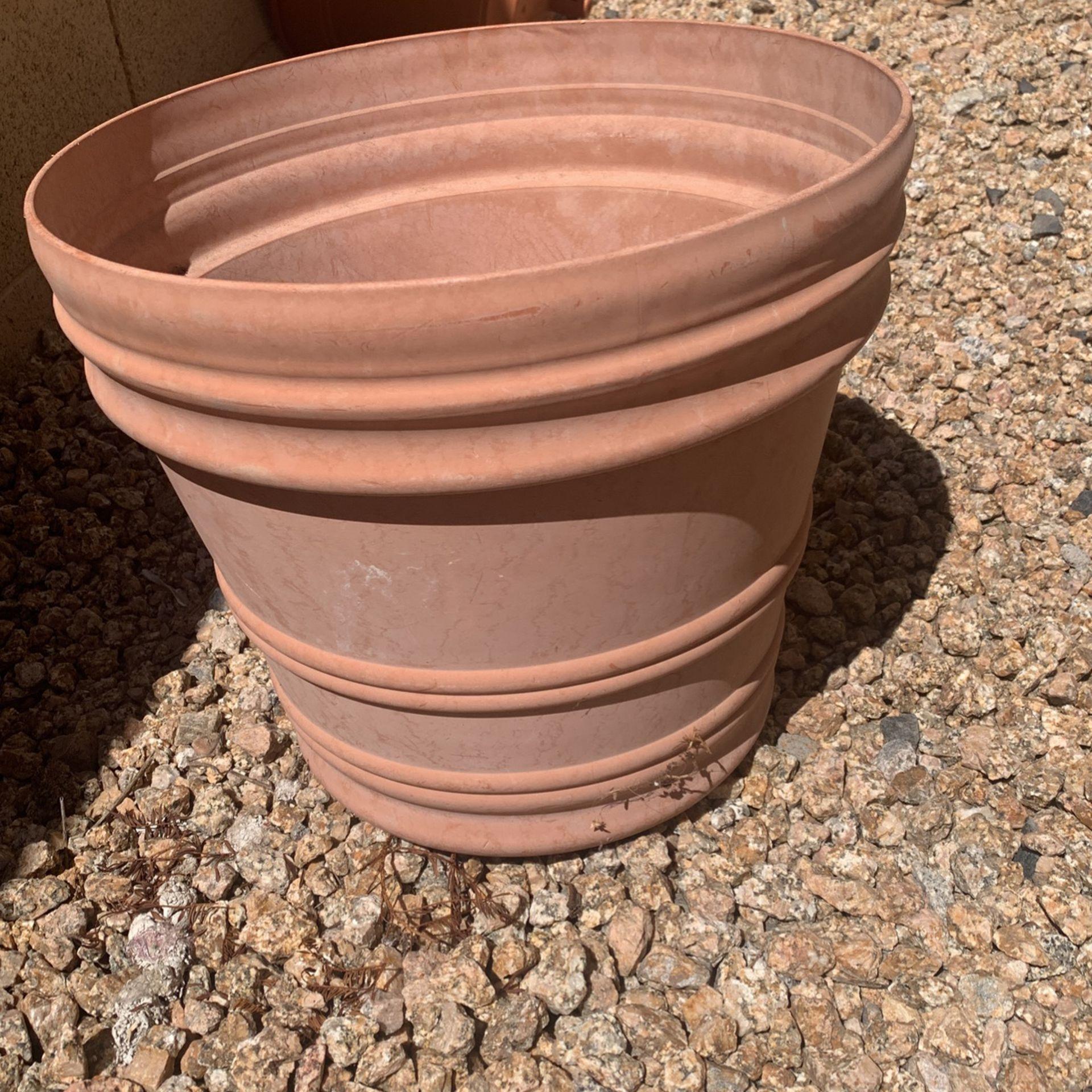 Plastic Planter Pot Large
