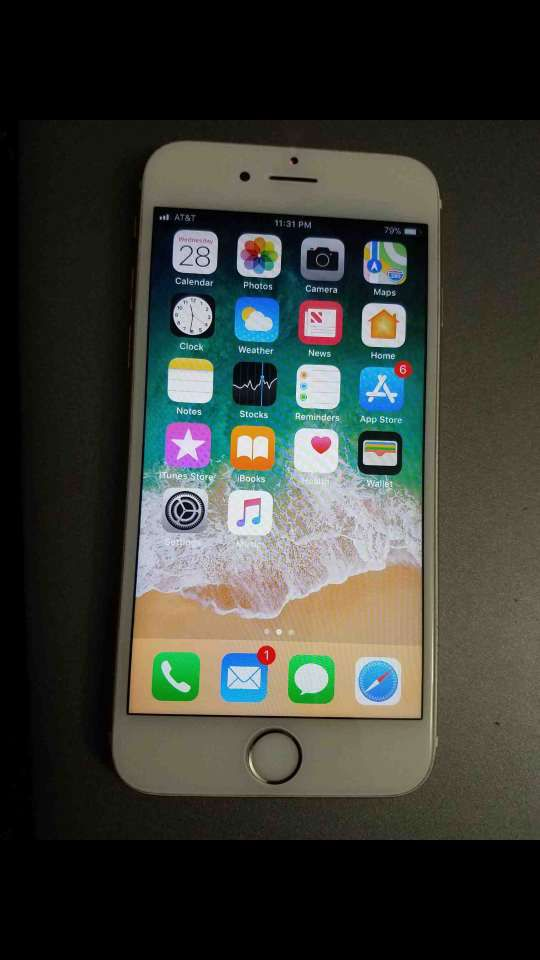 AT T Apple iphone 6s 16gb gold excellent condition for Sale in Delray ... 499a597b26