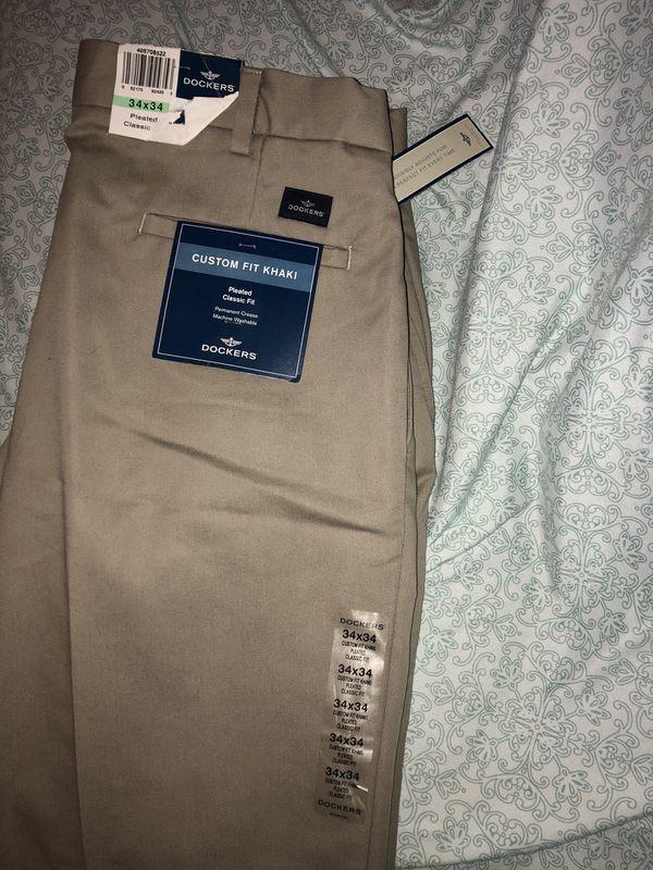 New Dockers Custom Fit Classic Fit Pleated Khaki Mens Pants 34x34 Beige/Tan  for Sale in Jacksonville, FL - OfferUp