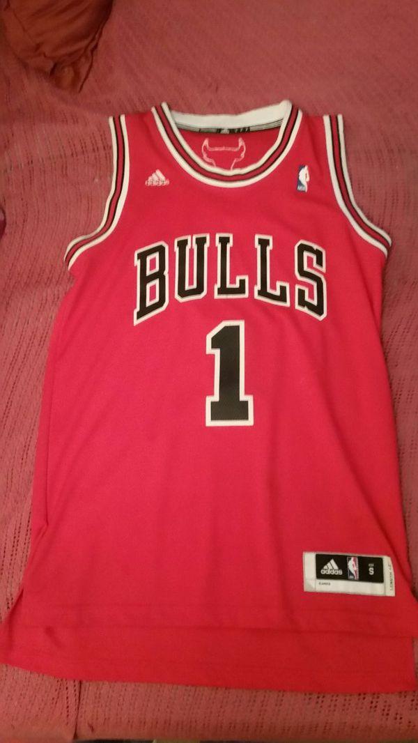 quite nice 4ea82 d81c6 derrick rose chicago bulls jersey for Sale in Saint Paul, MN - OfferUp