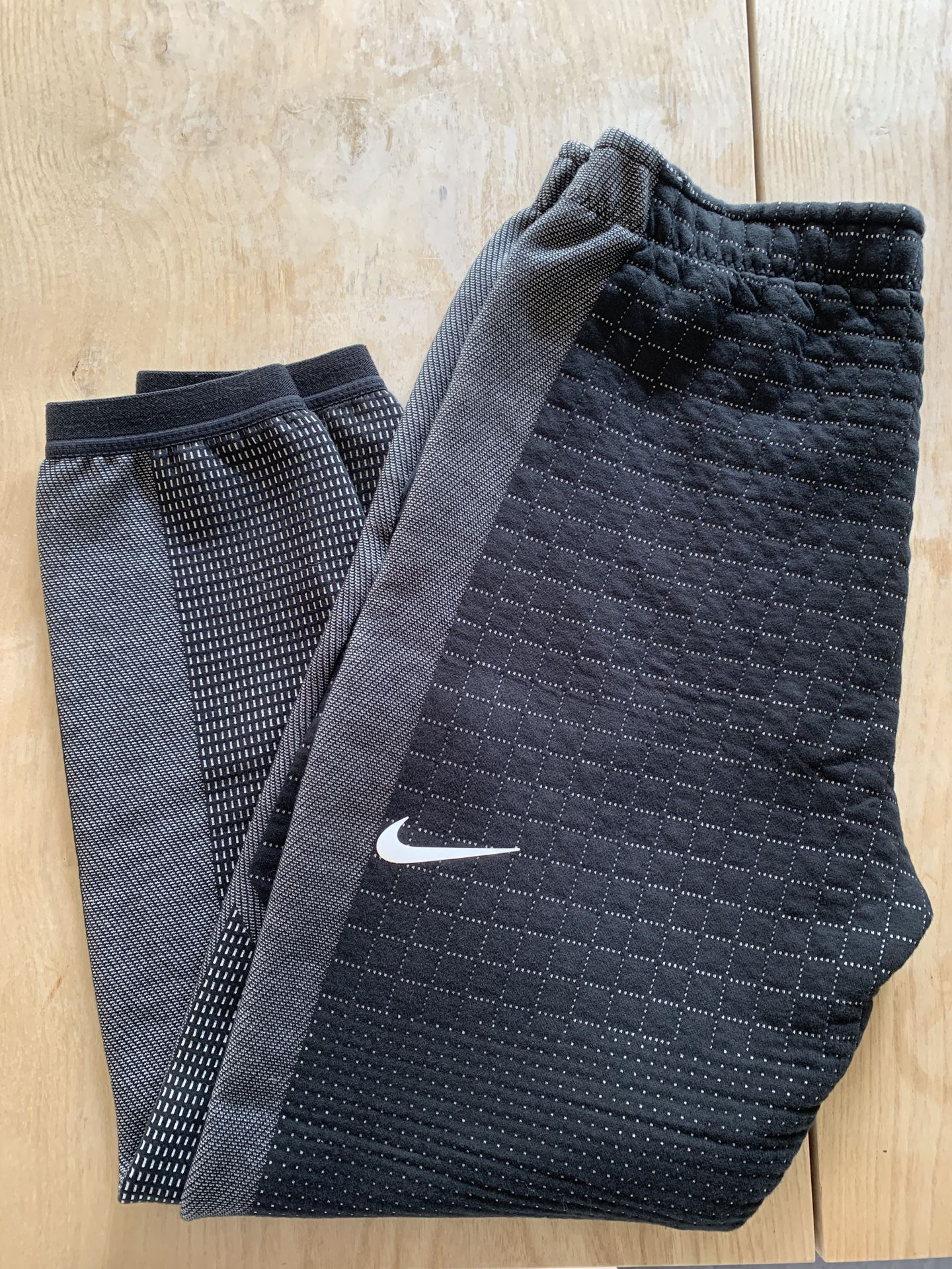 Nike quilted jogger - WMS Small