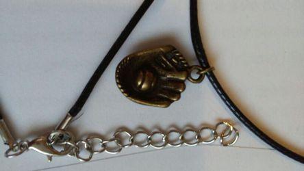 Baseball necklace Thumbnail