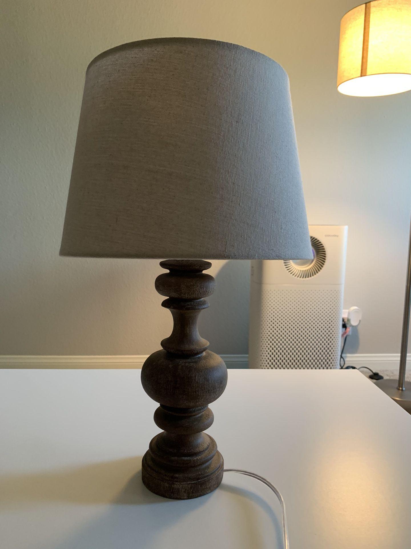 TARGET LAMP