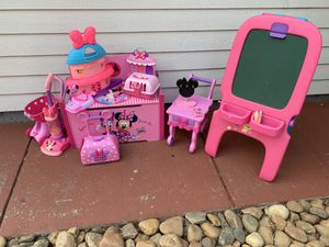 Minnie everything ( new items added)! for Sale in Vallejo, CA