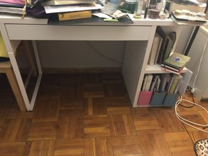 ikea desk(bottom damaged shown on the second photo) for Sale in Washington, DC