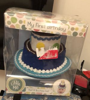 First Birthday Hat And Bootie Set For Sale In Queens NY