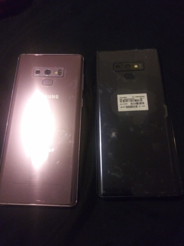 Galaxy note 9 good as new only one month use 1,600 for the two of them