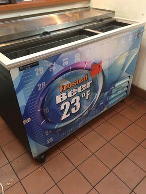 Frogel bar cooler for Sale in Silver Spring, MD