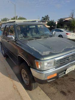 93 Toyota 4Runner 4x4 Título Limpio Placas Al Día Motor Transmisión Bien $3400 Obo Thumbnail