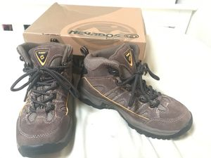 48b91e109ae New and Used Hiking boots for Sale in Casa Grande, AZ - OfferUp