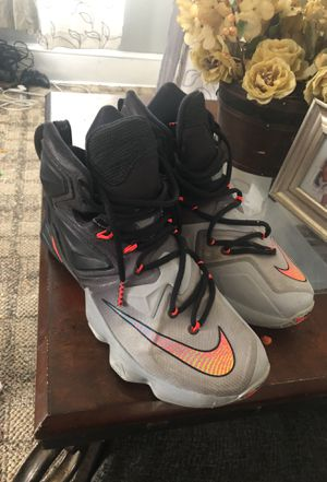 Nike size 8 lebron james for Sale in Inwood, WV