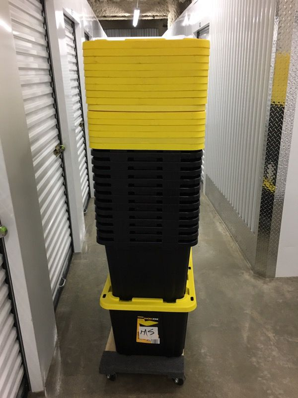 14 WORK ZONE PLASTIC STORAGE CONTAINER for Sale in Chicago IL OfferUp