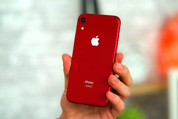 Red iPhone XR unlocked for Sale in Phoenix, AZ - OfferUp