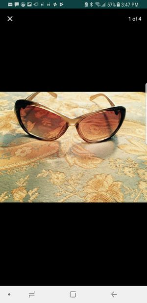 e4f2c8eb42 New and Used Sunglasses for Sale in Detroit