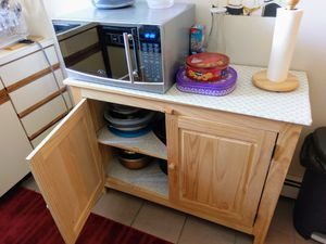 Wood Grain Kitchen Cabinet