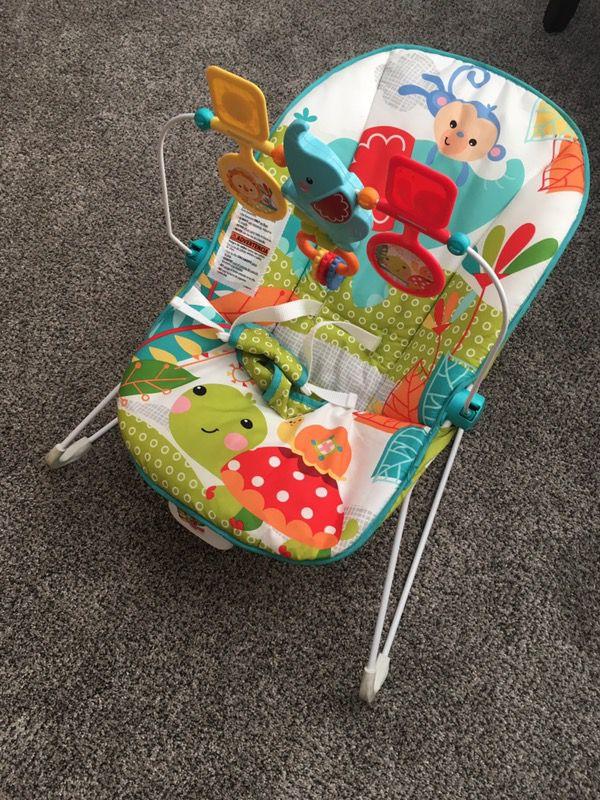 e6fa3e0f7 Baby Bouncy Seat for Sale in Pasco