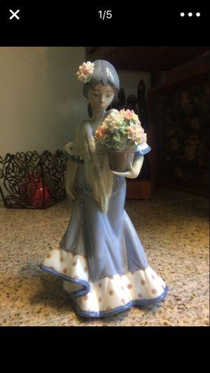 Beautiful Lladro figurine , girl with flower basket ... for Sale in Hyattsville, MD