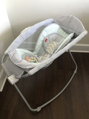 Fisher Price Rock n Play Sleeper for Sale in Gaithersburg, MD