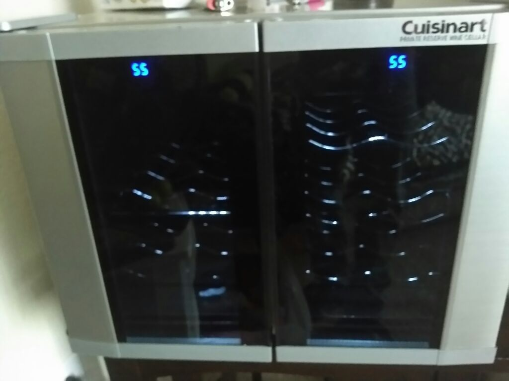 Nice!!!!!Cuisinart wine cooler