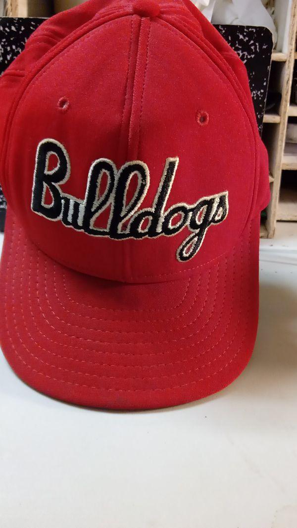 Vintage Georgia Bulldogs Hat for Sale in Barnesville 1025501fa6d