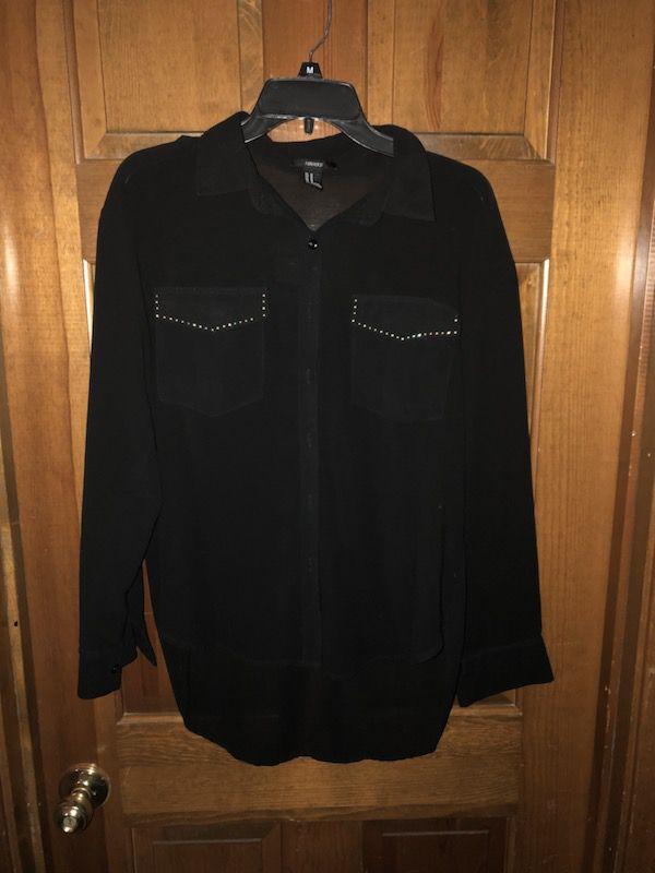Like new. Black blouse size M