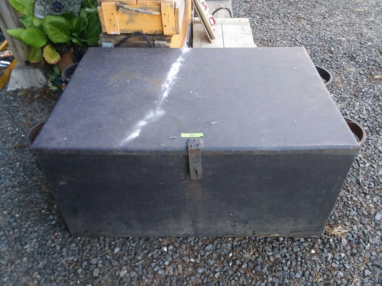 Heavy duty Metal box