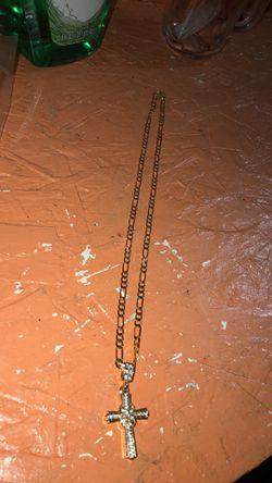 10k Gold Fígaro Chain Wit Cross Pendant Thumbnail