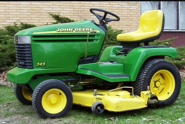 John Deere 345 >> Iso A Hood For 345 Jd For Sale In Mitchell In Offerup